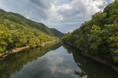 风景峡谷新的河 库存图片