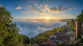 风景日出,新的河峡谷,西维吉尼亚 免版税库存照片