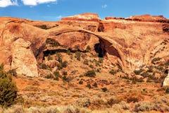 风景曲拱岩石峡谷成拱形国家公园默阿布犹他 免版税库存图片