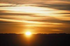 风景橙色日出在玻利维亚 免版税库存照片