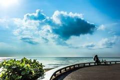 风景海滩Samila再安置旅行和宋卡 免版税库存照片