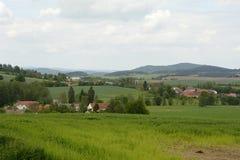 风景的,捷克,欧洲典型的乡村 免版税库存照片