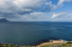 风景看法向错误海湾和开普敦半岛 免版税库存图片