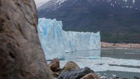 风景观点的Glaciar佩里托莫雷诺,埃尔卡拉法特,阿根廷 库存图片