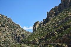 风景登上Lemmon的卡塔利娜高速公路在亚利桑那 免版税库存照片