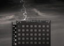风暴和雷的星旅馆 免版税图库摄影