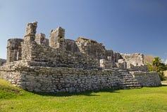 风的寺庙在考古学站点Tulum,墨西哥 免版税图库摄影