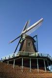 风的接近的磨房油漆 库存图片