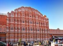 风的Hawa玛哈尔或宫殿2014年1月29日的在斋浦尔,印度。姘妇可能看在宫殿窗口外面 库存照片