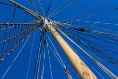 风船索具和大帆柱 库存照片