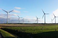 风车农村风景的能源厂,德国 免版税库存图片