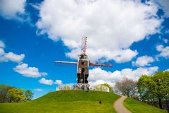 风车在布鲁日,北欧,比利时 库存照片