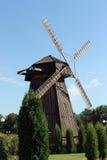风车在比拉罗斯 免版税库存照片