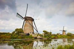 风车在Kinderdijk 免版税库存照片