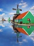 风车在Zaanse Schans,阿姆斯特丹,荷兰 图库摄影