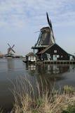 风车在Zaanse Schans 库存照片