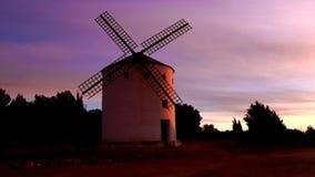 风车颜色在黎明 库存照片