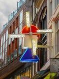 风车-牌纪念品店在阿姆斯特丹。荷兰 库存图片