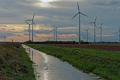 风轮机在英国 免版税库存图片