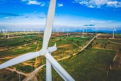 风轮机,风能概念 免版税库存图片