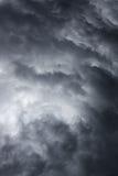 风雨如磐严重的天空 免版税库存照片