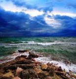 风雨如磐横向的海运 免版税库存图片