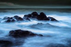 风雨如磐的海景 免版税库存图片