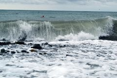 风雨如磐的海的大海浪关闭 免版税图库摄影