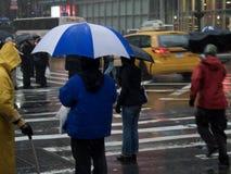 风雨如磐的街道 免版税库存照片