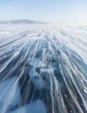 暴风雪 贝加尔湖冰  33c 1月横向俄国温度ural冬天 免版税库存图片