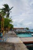 风暴在马尔代夫国际机场 免版税库存照片
