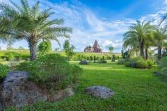 风暴城堡在biriram庭院里  图库摄影