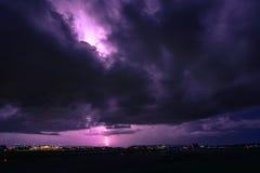 风暴季节在有闪电的南佛罗里达 库存照片