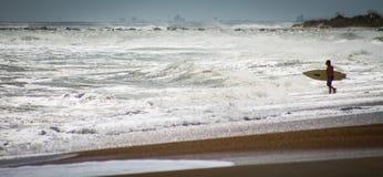 飓风玛丽亚海浪 免版税库存照片