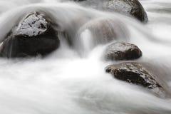 飘渺瀑布 库存图片