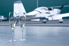 飞机专用庆祝的香槟 库存照片