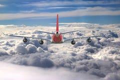 飞机云彩旅行天空航空风速飞机背景蓝色 免版税库存图片