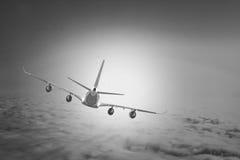 飞机云彩旅行天空航空风速飞机背景蓝色 免版税图库摄影