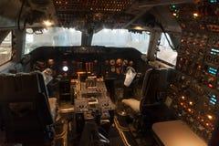 飞机内部,在飞机里面的驾驶舱视图 库存图片