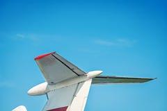 飞机减速火箭的葡萄酒尾巴细节 免版税图库摄影