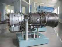飞机发动机大厦的历史的博物馆 在立场的飞机发动机 涡轮发动机和内燃机 Mo 库存图片