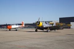 飞机在CAF WWII飞行表演达拉斯行政机场 免版税库存照片