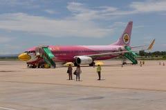 飞机在Khonhaen机场 免版税库存照片