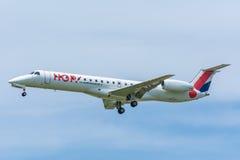 飞机地方航空公司F-GRGD巴西航空工业公司ERJ-145 库存照片