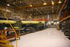 飞机工厂生产 免版税库存图片