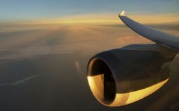 飞机引擎和翼 免版税库存照片