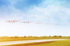 飞机机场着陆乘客跑道 库存照片