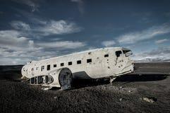 飞机残骸在黑沙子海滩的Solheimasandur冰岛 免版税库存图片