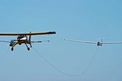 飞机滑翔机体育运动拖曳 免版税图库摄影