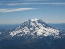从飞机的瑞尼尔山 免版税图库摄影